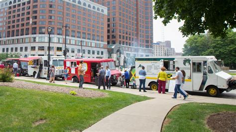 truck milwaukee visit milwaukee milwaukee food trucks