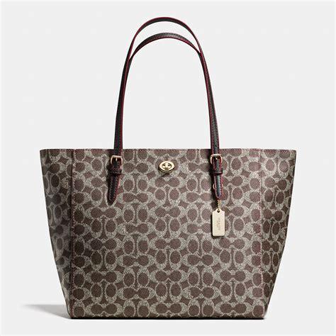 Coach Signature Massenger Bag Large Authentic Product coach tote bags