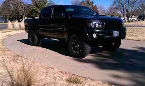 toyota tacoma blacked out sell used 2007 toyota tacoma base crew cab pickup 4 door 4