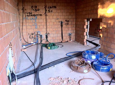 foto posa tubi appartamento civile de apel 85037