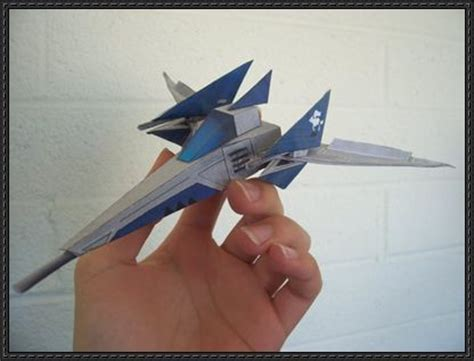 fox arwing starfighter free paper model