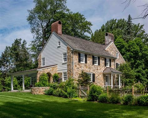 the farmhouses of fine homebuilding fine homebuilding readers choice finalist 1700s era farmhouse fine