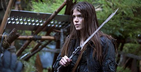 The Greatest American Episode 1 The 100 Season 2 Episode 1 Synopsis Where S Octavia