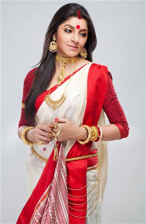 drape saree perfectly 12 easy steps to drape your saree perfectly the bengali way