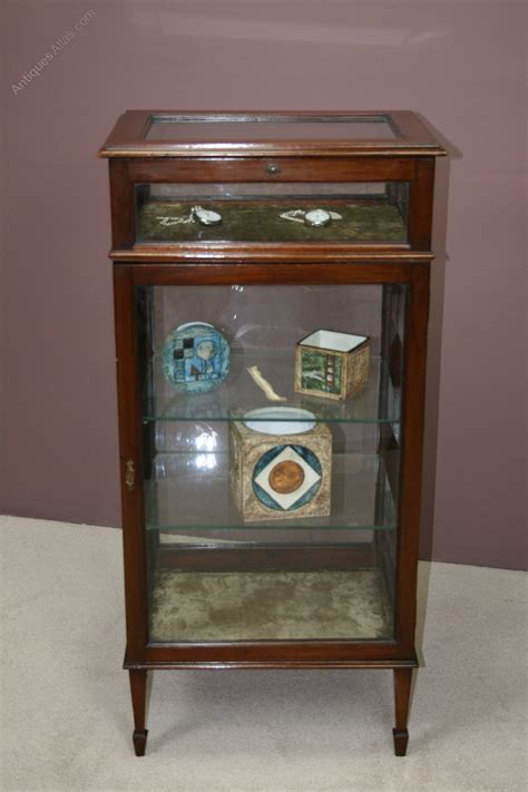 Cabinet Dealers by Late Mahogany Collector S Cabinet Antiques Atlas