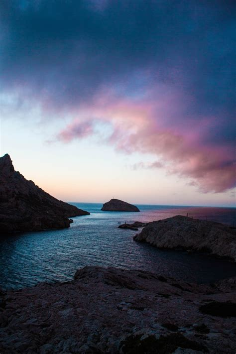pink sky blue sea hd photo  valentin antonini