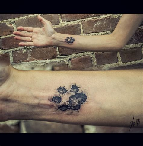 dog paw print tattoo on wrist awesome paw images part 2 tattooimages biz
