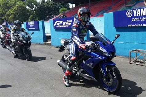 Teringann All New Yamaha R15 vinales komentari all new yamaha r15 motor otospirit