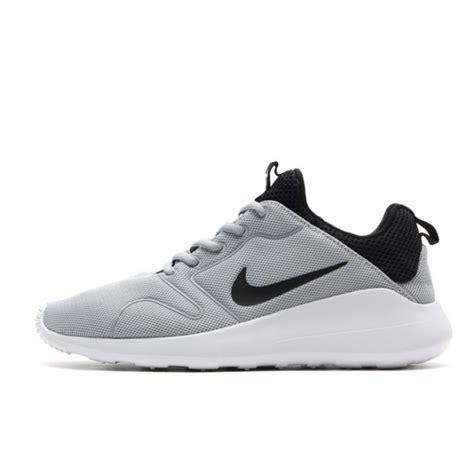 Sepatu Nike Kaishi 0 2 Original jual sepatu sneakers nike kaishi 2 0 grey original