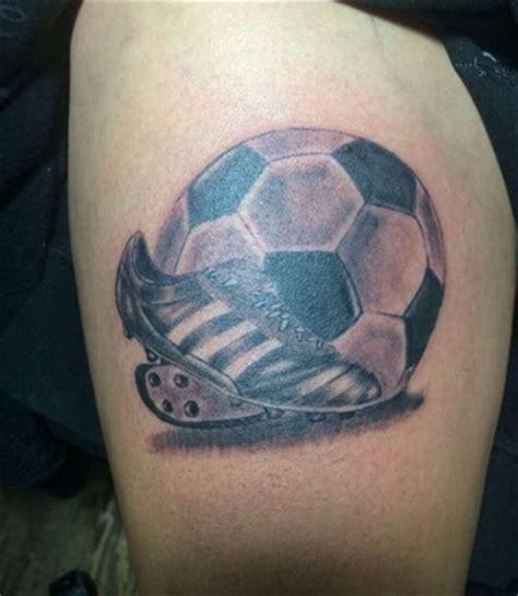 imagenes tatuajes de futbol el fanatismo y los tatuajes de futbol en la pierna