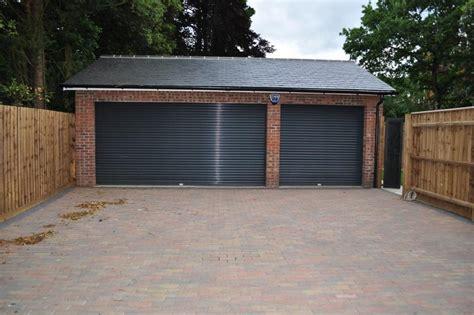 triple car garage house plans the 14 best triple garage plans house plans 33478
