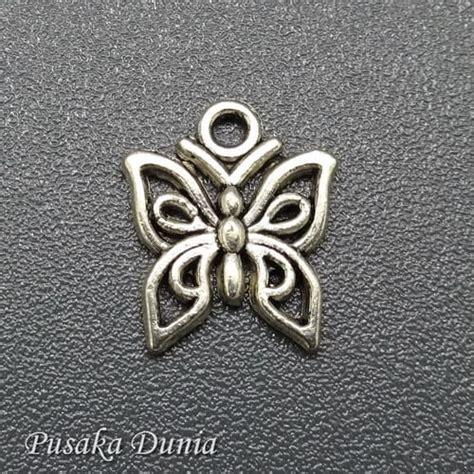 Kalung Nama Jumbo Kupu Kupu Elegan Perhiasan Nama bandul aksesoris kupu kupu pusaka dunia