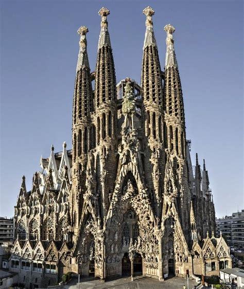 Basilica Sagrada Familia, Barcelona, Gaudi buildings