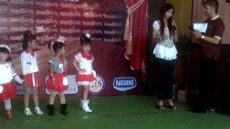 Baju Anak Merah No 8 alin fashion show anak anak tema baju merah putih