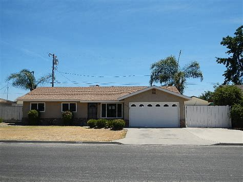 houses for sale reedley ca home for sale 805 e lincoln avenue reedley ca 93654