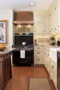 Houzz Kitchen Design by Delorme Designs White Craftsman Style Kitchens