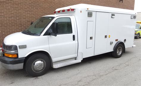 2009 chevrolet gasoline ambulance new paint stock 33366 vin 5048 elite911