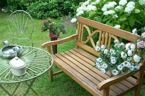 how to make your garden more relaxing