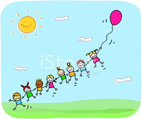imagenes de niños felices animados ni 241 os felices jugando con el bal 243 n en dibujos animados de