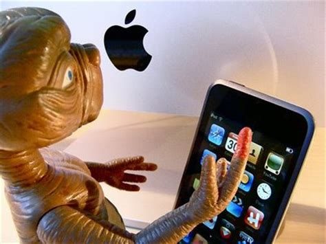 smart is the new pretty e t phone home whydid