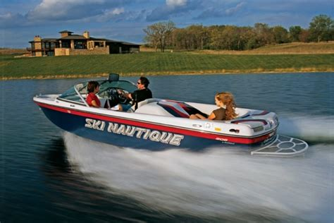 wake boat meaning ski nautique gallery
