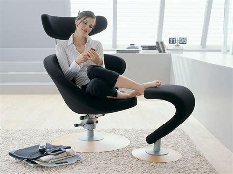 stokke poltrone peel poltrona design ergonomica con poggiapiedi peel
