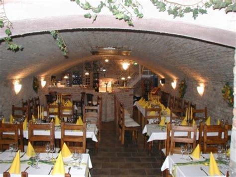 gartenlokal frankfurt frankfurter hof hessisches apfelwein garten restaurant in