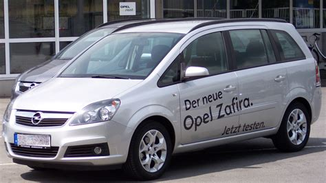 opel van world top cars opel zafira van