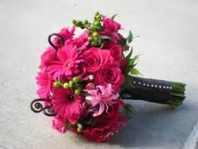 wedding flowers pink wedding blogs bouquet inspiration nerine lilies