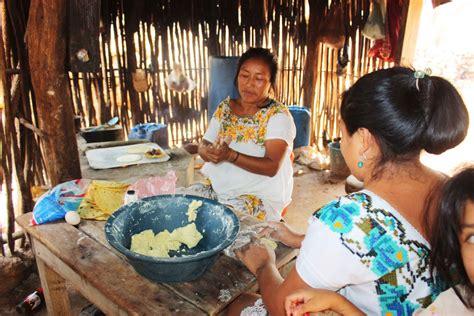 imagenes de mayas trabajando mayas casa del movimiento en ceche