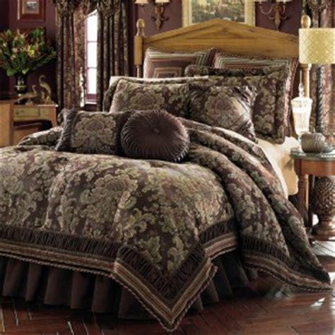 classic bedding new croscill classics serafina comforter set king elegant