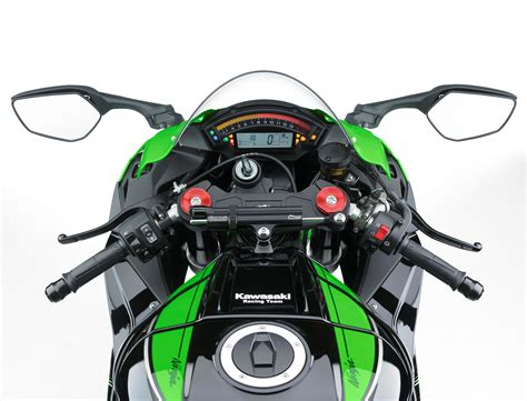 Mozaik Foto 10r 10 here s a walk around of the 2016 kawasaki zx 10r