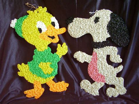 Melted Plastic Popcorn Decorations by Melted Plastic Popcorn Decorations Duck Snoopy Lot Of 2 Other