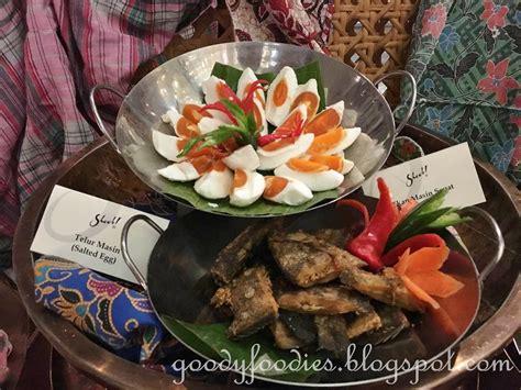 goodyfoodies kampong festive dining  feast village