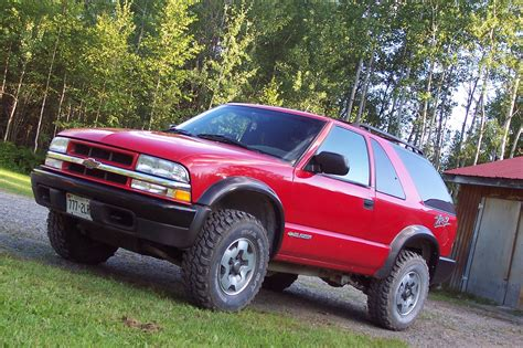 2003 chevrolet trailblazer information and photos momentcar image gallery 2003 s10 blazer