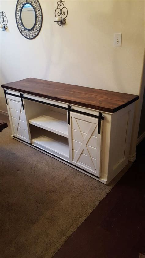 Laundry Room Table With Storage by Best 25 Rustic Entertainment Centers Ideas On