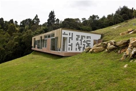 hillside home design  roof entrance