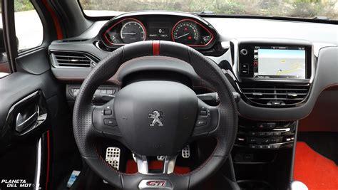 peugeot 208 gti inside interior 208 gti by peugeot sport 7 planeta del motor