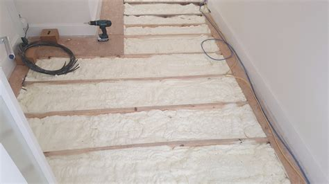 floor insulation experts spray foam services
