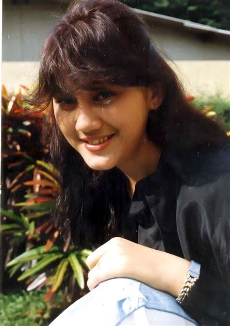 Model Rambut Nike Ardilla by Contoh Biografi Nike Ardila Contoh 36