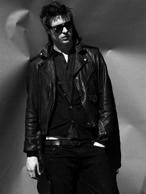 Photoshoot de Max Irons par David Factor (2012) - Les