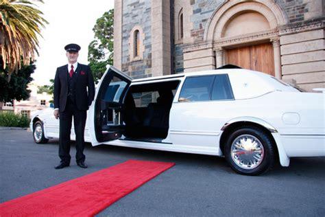 Limo Chauffeur by Sedan Service Fast Limousine