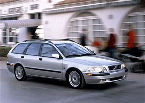 volvo  estate car wagon   reviews technical data prices