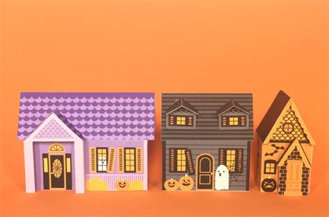 Haunted Mansion Papercraft - haunted house papercraft