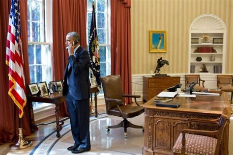 president obama in the oval office president obama in the oval office obama 2012 pinterest