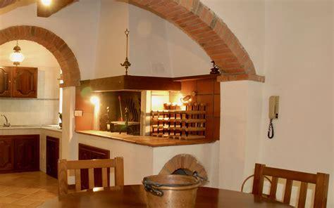 cucina rustica con camino cucina rustica con caminetto vista frontale di uno stile