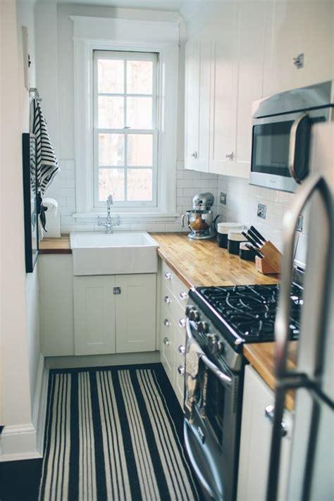 cute kitchen ideas for small spaces white small kitchen fundamenta otthonok 233 s megold 225 sok j 243 b 243 l keveset adnak