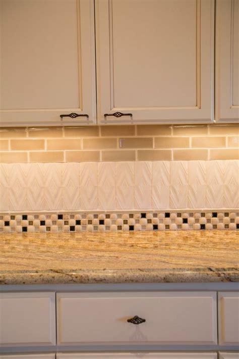 Images Of Kitchen Backsplash Tile Encore Ceramics This Kitchen Backsplash Uses Multiple