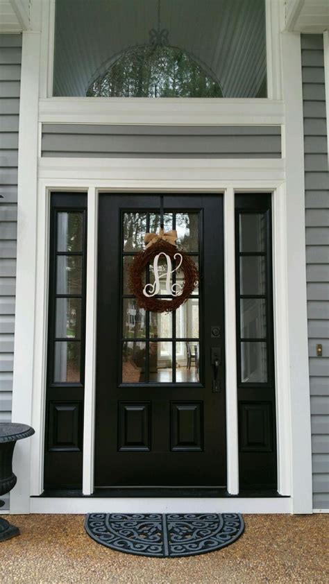 Exterior Door Finishes 25 Best Ideas About Black Front Doors On Pinterest Paint Doors Black Black Door And Black