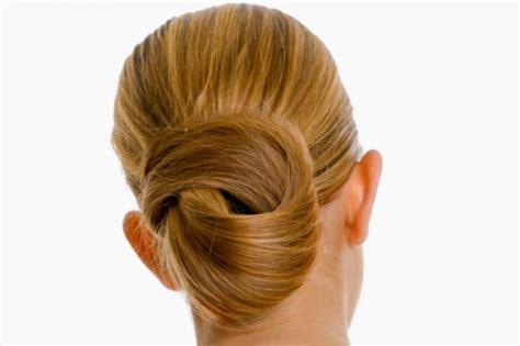 tutorial rambut simple untuk wisuda sanggul simple untuk wisuda hairstylegalleries com